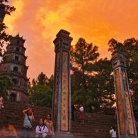 "Pasaporte a Vietnam. De Hoi An a Hue,  ruta en moto por ""el paso de las nubes""."